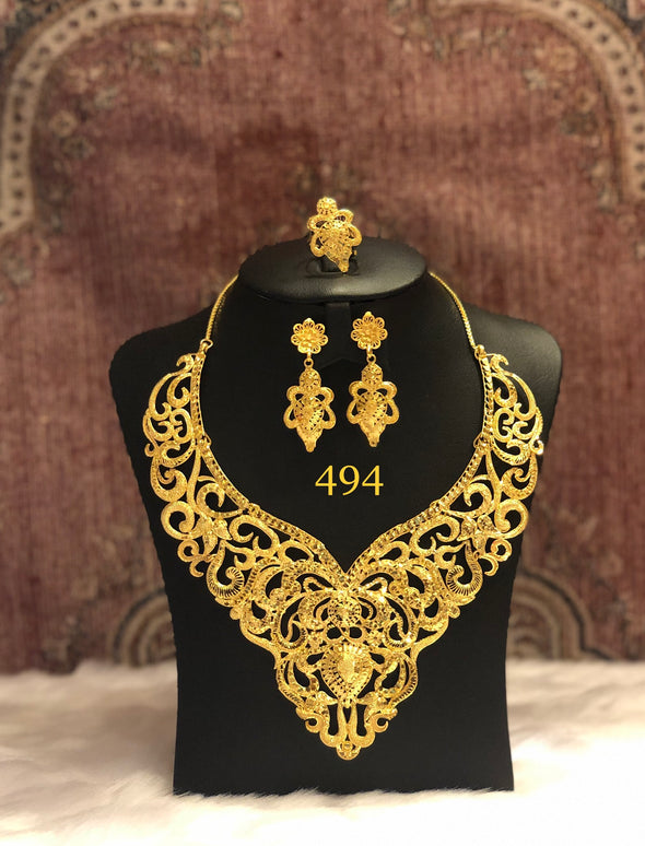 VICTORIAN INSPIRED CUT WORK GOLD PLATED NECKLACE SET 494 - Maxim Creation