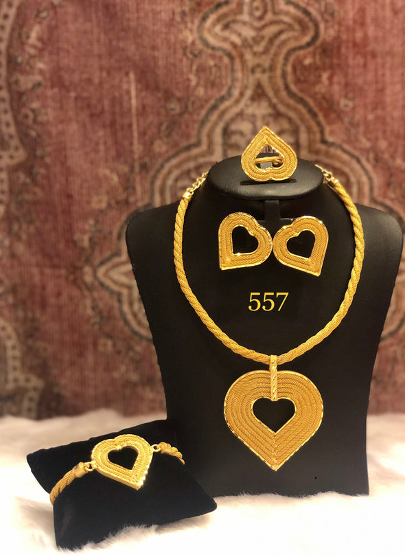 GOLDEN HEART SHAPED PENDANT NECKLACE SET FOR LADIES 557