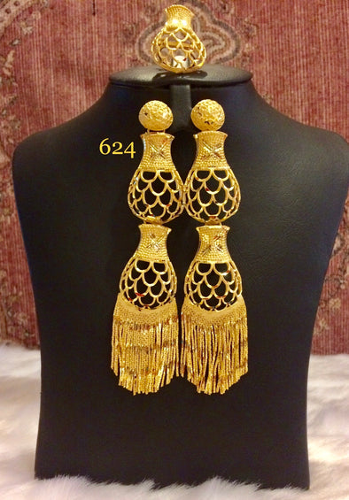 GOLD ARC SHAPE LINE LATTICE PATTERN EARRING WITH TASSEL 624 - Maxim Creation