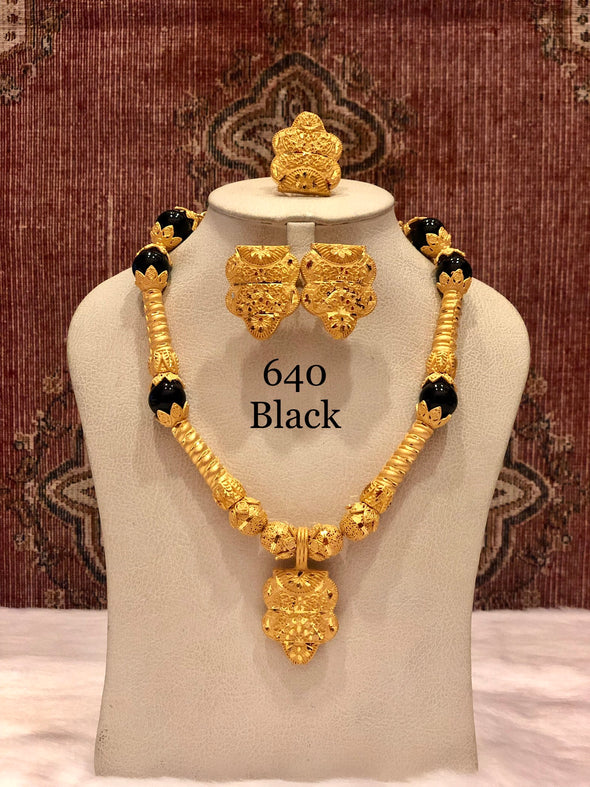 TRADITIONAL LONG BLACK AND GOLD SHELL NECKLACE SET 640 - Maxim Creation