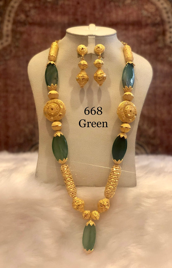 TRADITIONAL LONG GREEN OVAL STONE WITH GOLD SHELL NECKLACE SET FOR LADY 668G - Maxim Creation