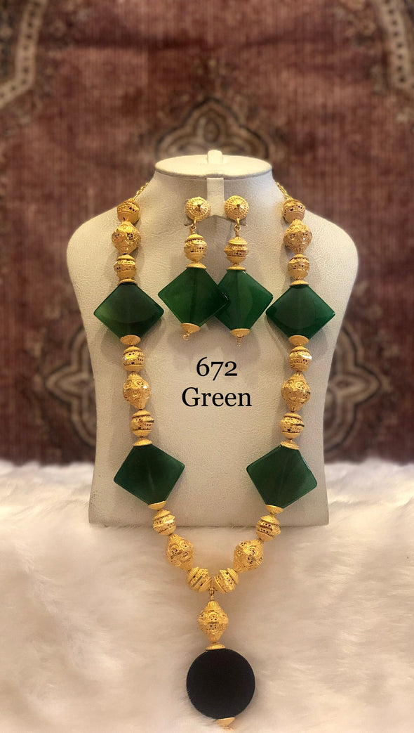 GREEN DIAMOND CRYSTAL WITH GOLD PLATED SHELL NECKLACE SET 672G - Maxim Creation