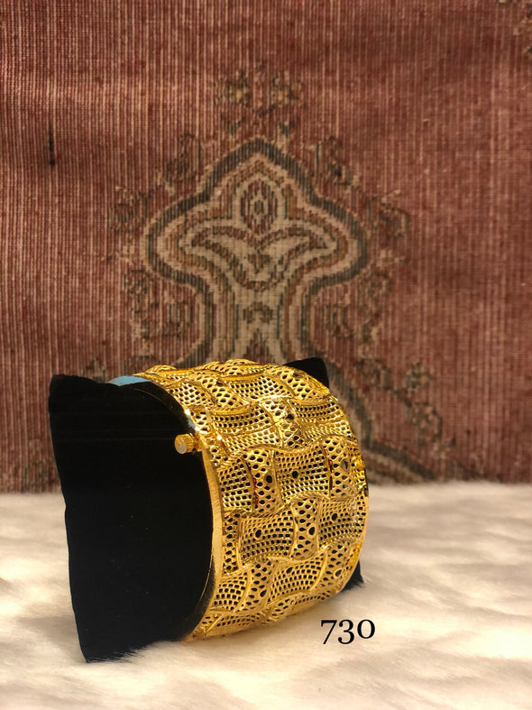 TRADITIONAL LATTICE PATTERN BRACELET BANGLE FOR LADY 730 - Maxim Creation