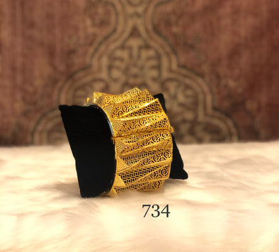 RETRO TRENDY TRIANGULAR SHAPE CUFF BANGLE 734 - Maxim Creation