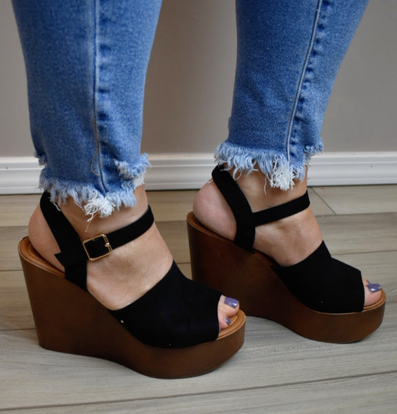 🎉SALE🎉 Walk In The Park Wedges
