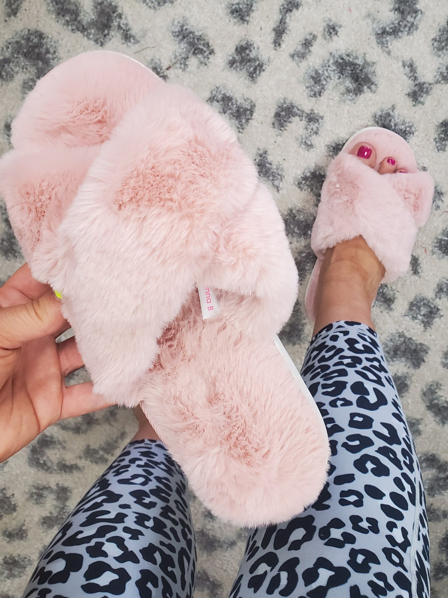 Pretty Princess Blush Plush Slippers