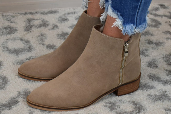 Simple Stroll Zipped Booties