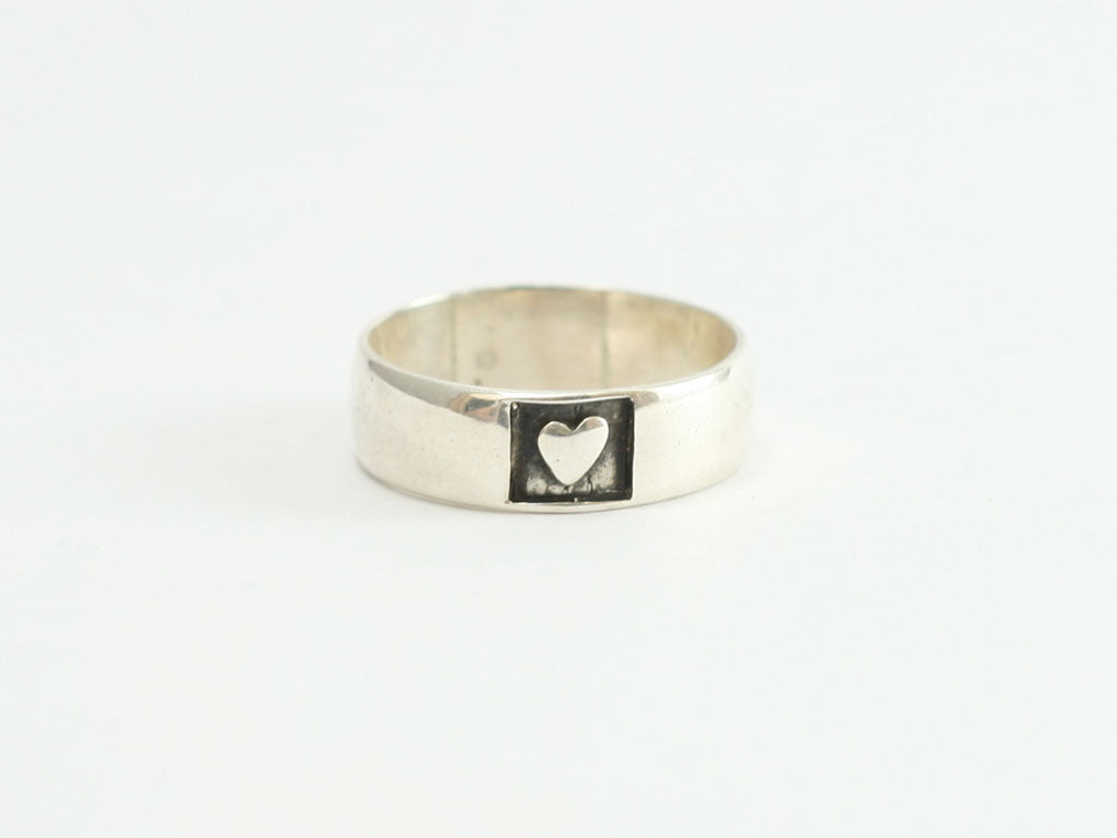 Sterling Heart w/in a Square Ring