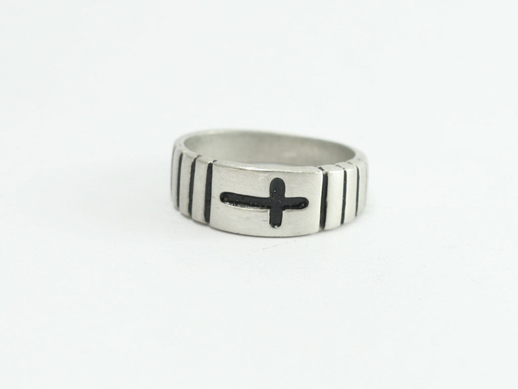 Pewter 3 Cross Ring