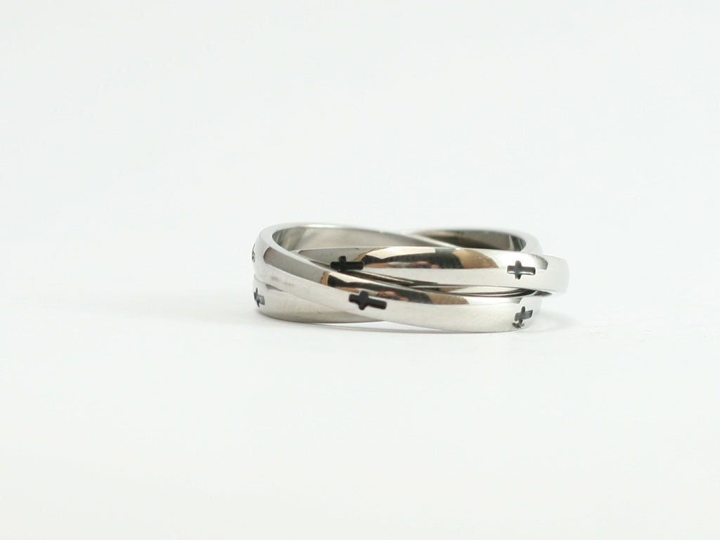 Triple Band Cross Ring