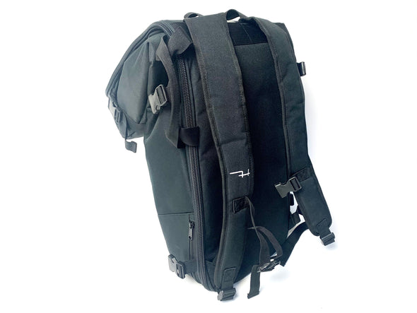 Hoyt St Travel Bags