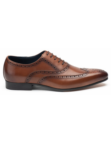 Tan Lace-up Wingtip Oxford