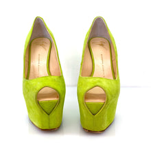 Load image into Gallery viewer, Giuseppe Zanotti Green Suede Liza Heels Pumps