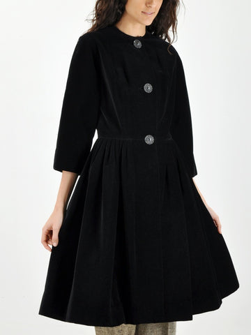 Vintage BLACK VELVET 50s Evening Coat
