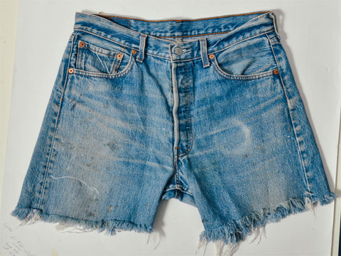 Vintage Cutoff Levis 501 Faded Shorts (32)