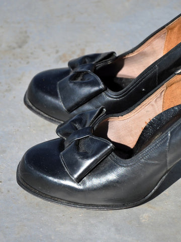 Vintage Black Leather Bow Heels