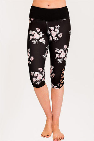 Printed Hi-Rise Capri Tights/Leggings with a Side Crisscross Strap Cutout