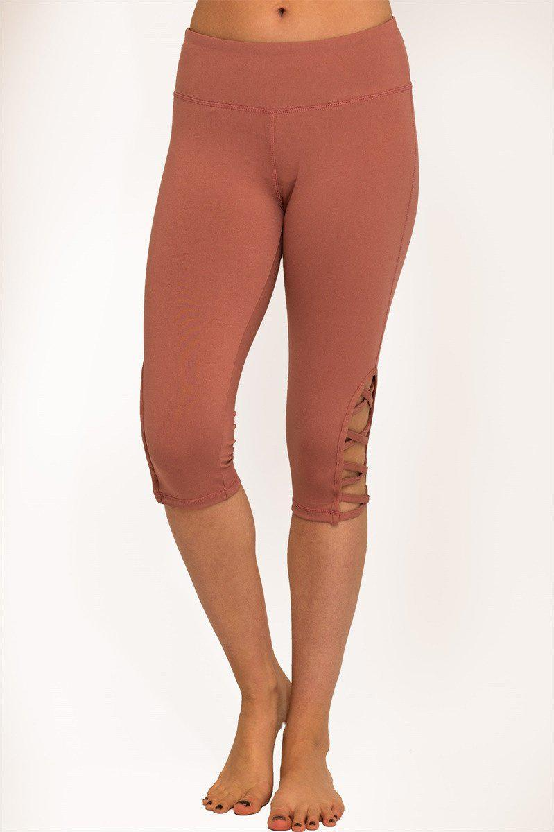 Hi-Rise Capri Leggings with a Stylish Side Crisscross Strap Cutout