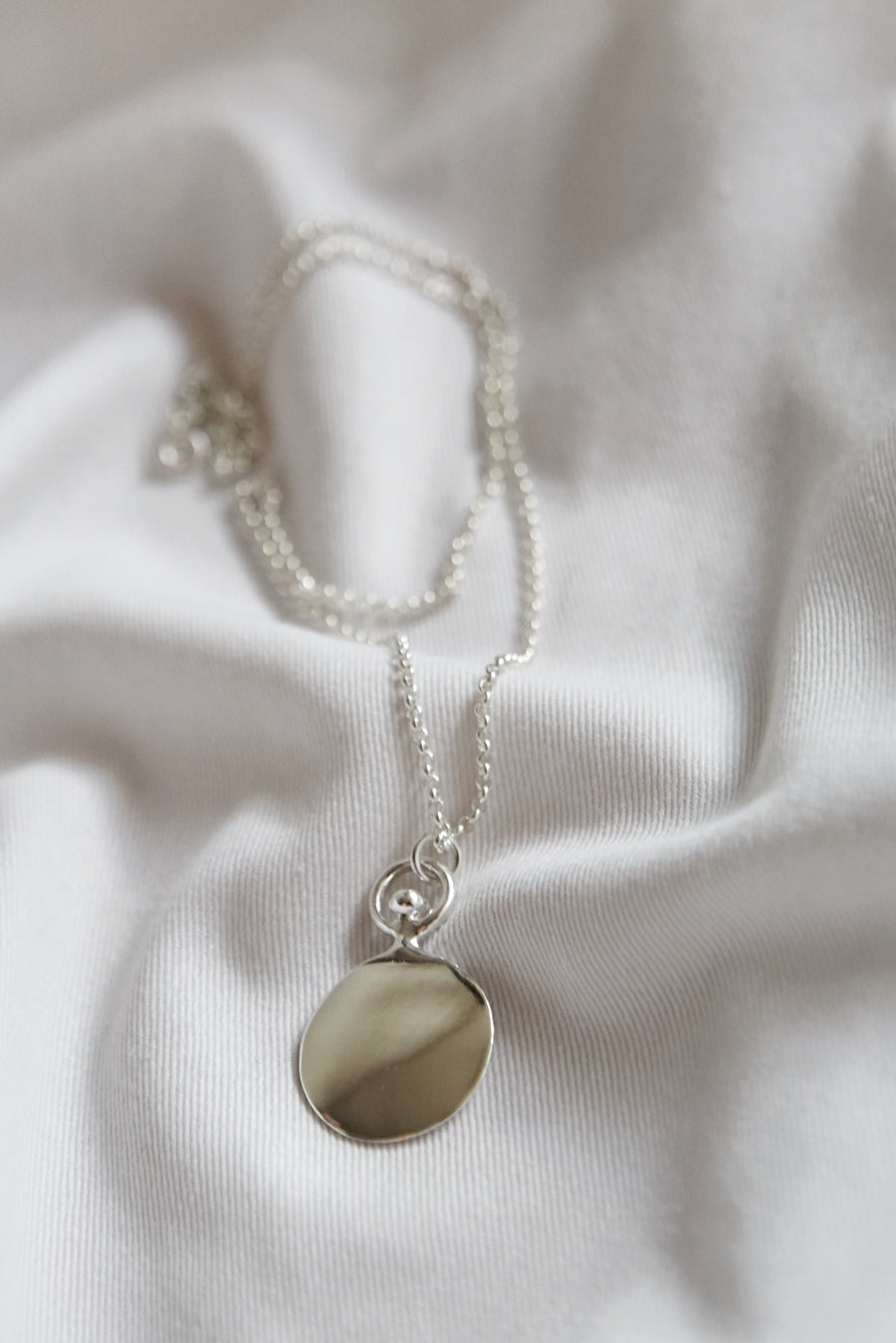 Circle chalk necklace_Silver