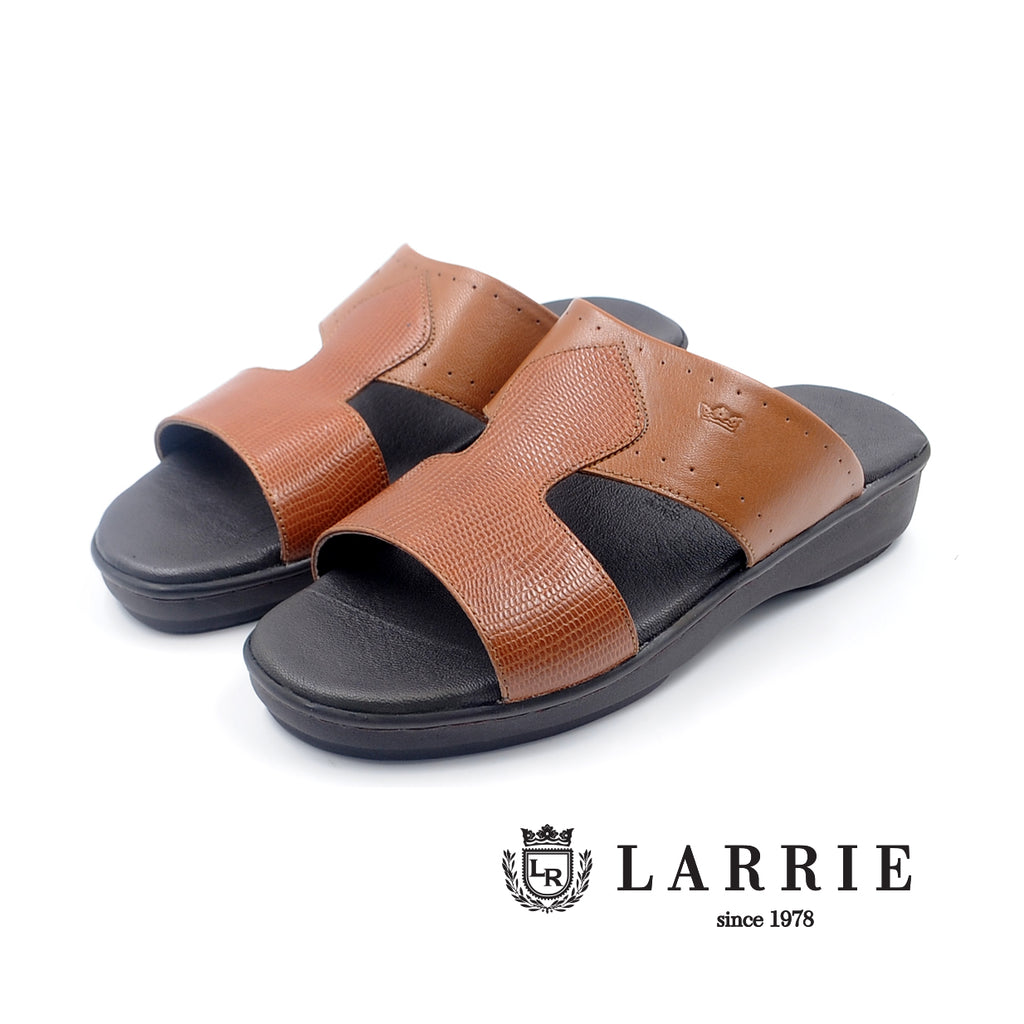 LR LARRIE Tan Smooth Panel Sandals