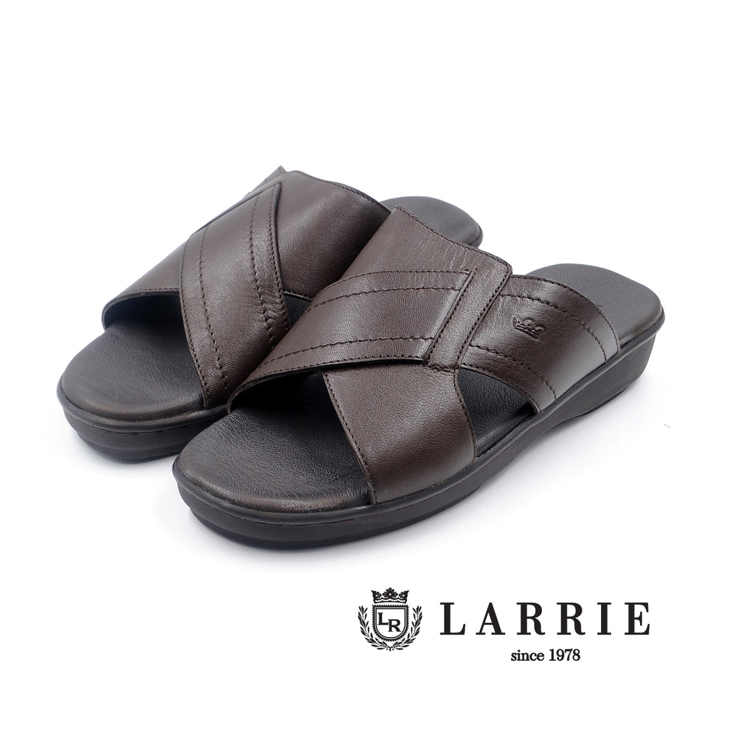LR LARRIE Coffee Smooth Panel Sandals