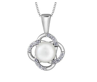 10kt White Gold Pearl and Diamond Flower Pendant