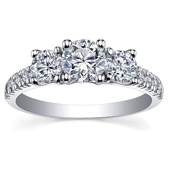 14kt Three Stone 0.75cttw Diamond Ring