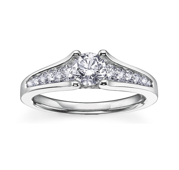 18kt White Gold 1.02cttw Engagement Ring with Round Canadian Center Diamond