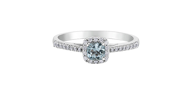 10kt White Gold Aquamarine and Diamonds Ring