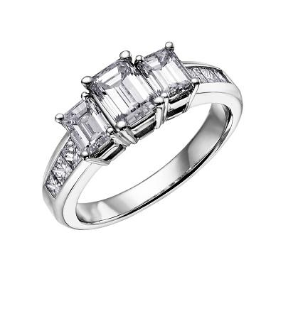 18kt Three Stone 1.50cttw Diamond Ring