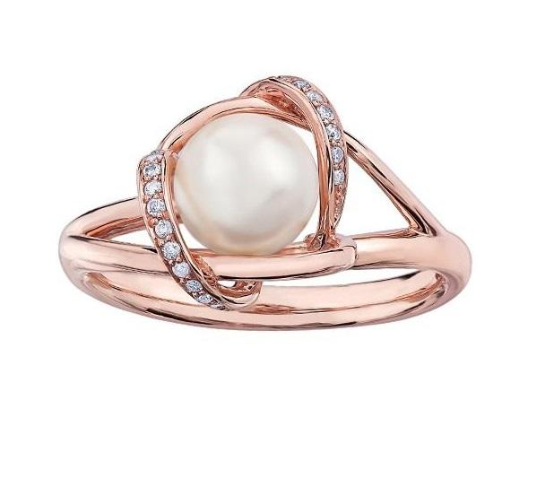 10kt Rose Gold Pearl and Diamond Ring