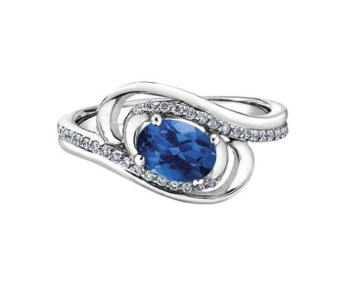 10kt White Gold 0.132cttw Diamond and Sapphire Ring