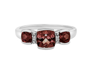 10kt White Gold Three Across Garnet And Diamond Ring