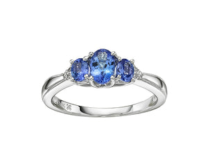 14kt White Gold Oval Tanzanite and Diamond Ring