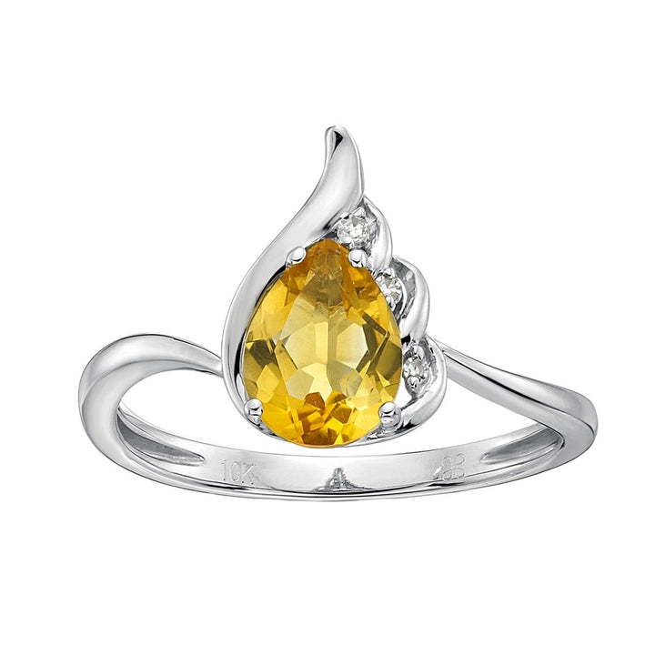 10kt Yellow Gold Citrine and Diamond Ring