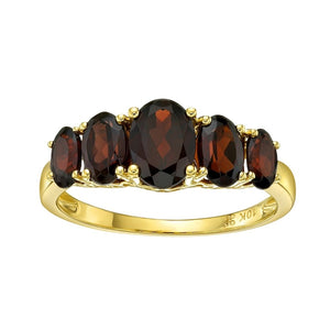 10kt Yellow Gold Garnet Ring