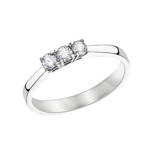 14kt White Gold 3 Across 0.25cttw Round Diamond Ring