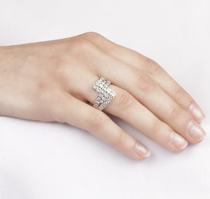 10kt White Gold 1.50cttw Five Channels Dinner Ring