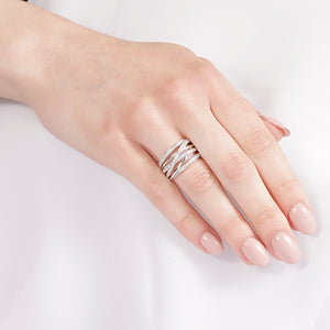 10KT WHITE GOLD 0.50CTTW DINNER RING