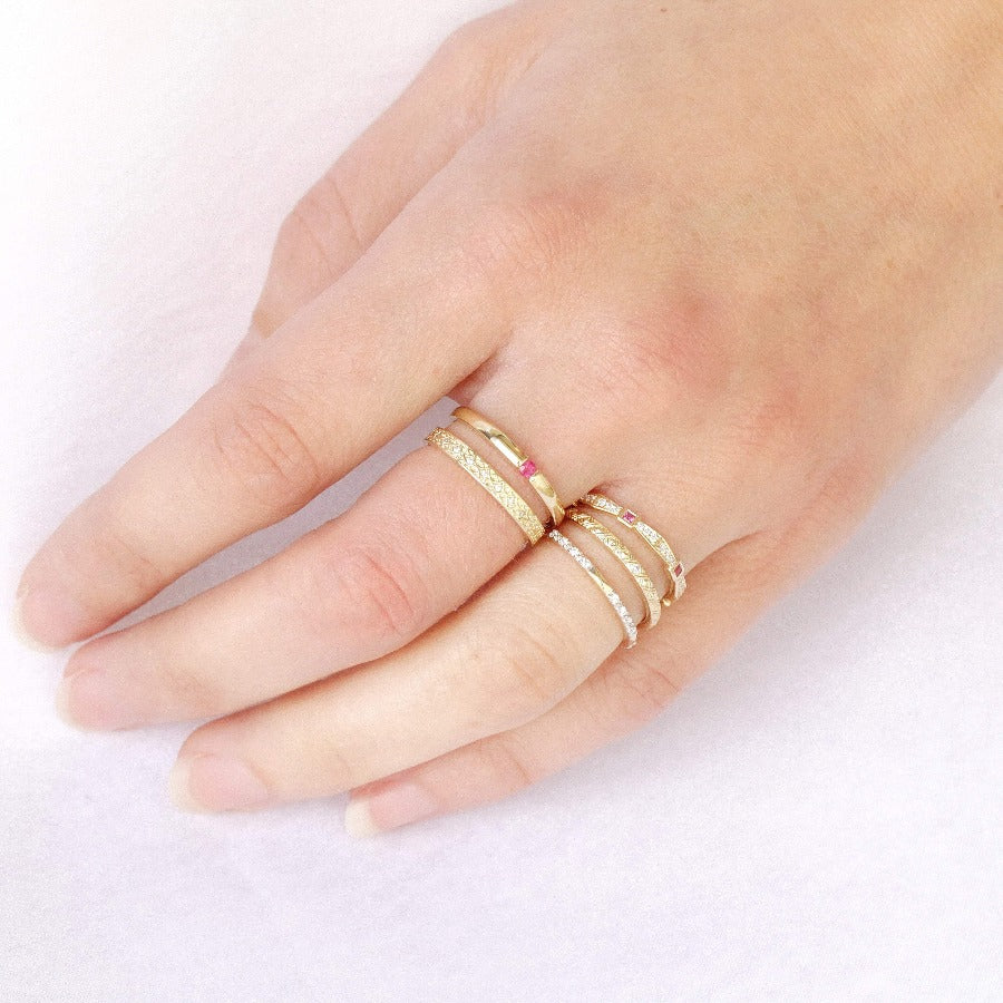 10KT YELLOW GOLD RUBY STACKABLE RING