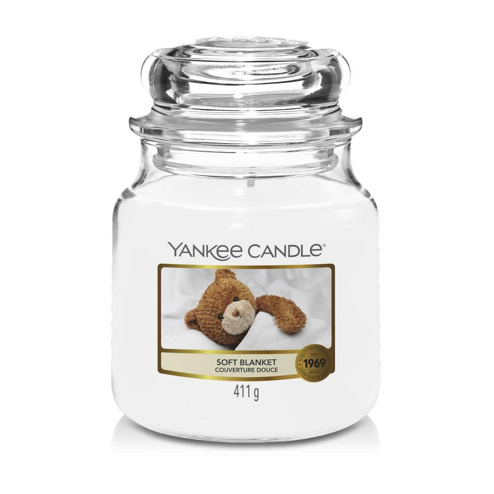 Yankee Candle Soft Blanket Medium Jar - TOSYS Candles and Gifts