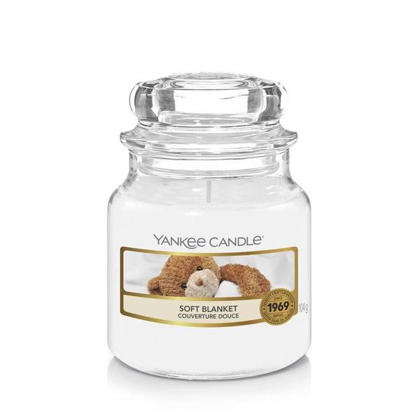 Yankee Candle Soft Blanket Small Jar - TOSYS Candles and Gifts
