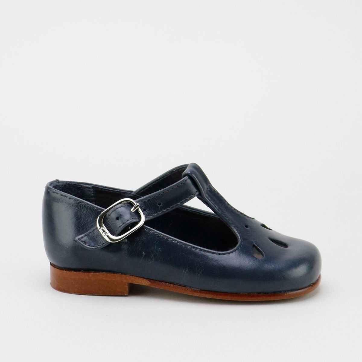 Madison T-Strap Anthracite Gray