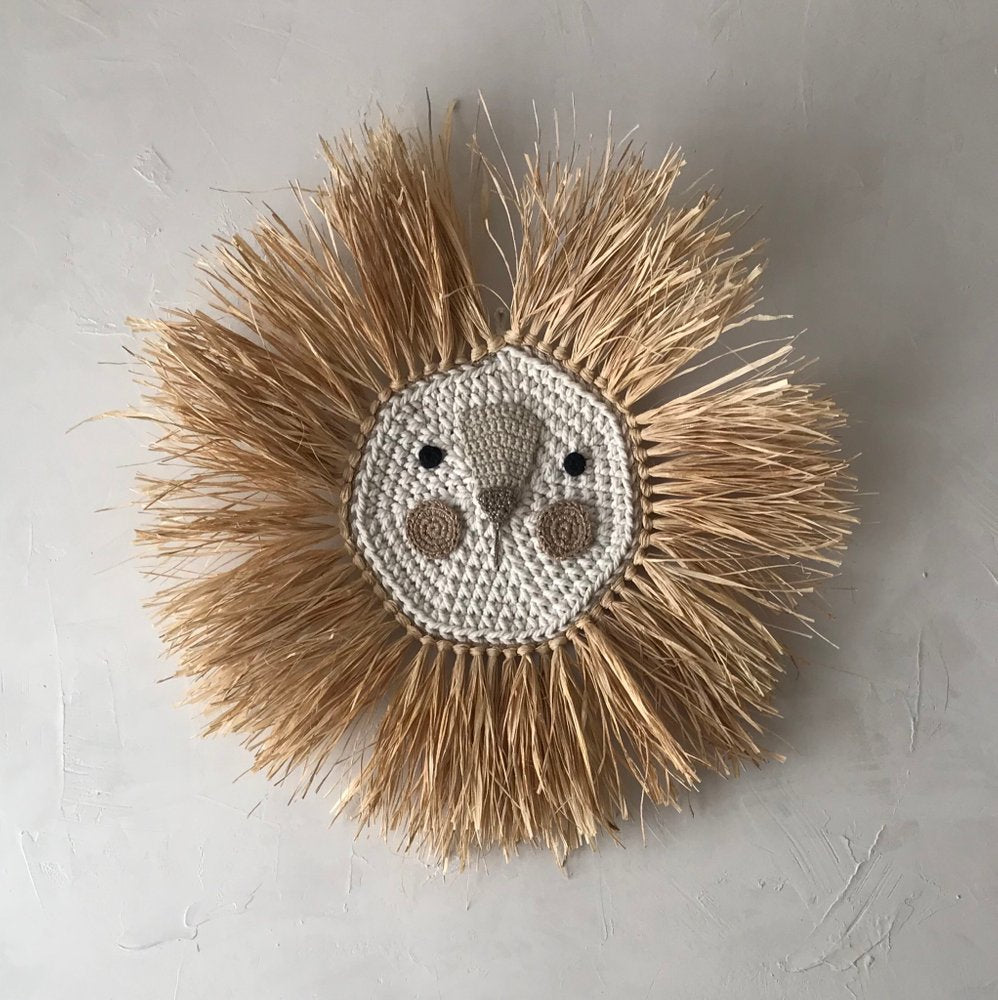 Lion Crochet Metallic