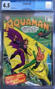 Aquaman #29 CGC 4.5 Off-White To White Pages