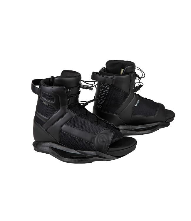 Ronix District Wakeboard with Divide Boots (2021)