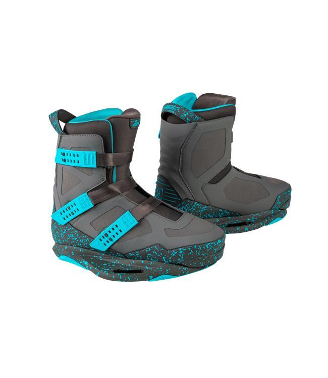 Ronix Supreme Wakeboard Package with Supreme Boots (2020)