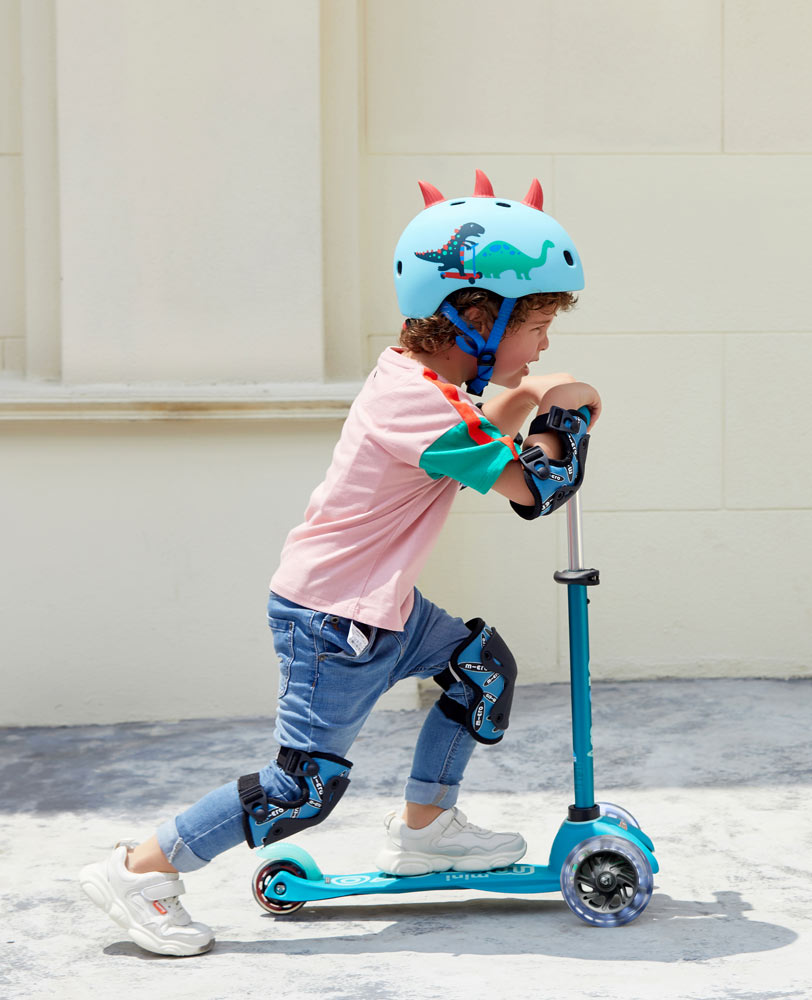 preschooler on his light up aqua mini micro deluxe scooter