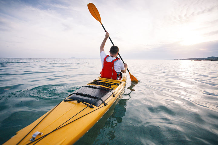 TOP 8 Safety items to paddle with