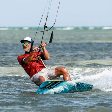 4-Hour Kiteboarding Lesson (Lantau)